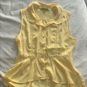 🌷Beautiful Yellow Blouse